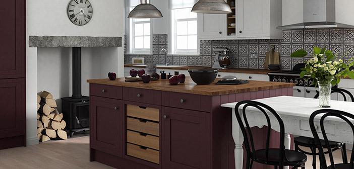 La hermosa cocina de Linda Barker con la isla de la berenjena